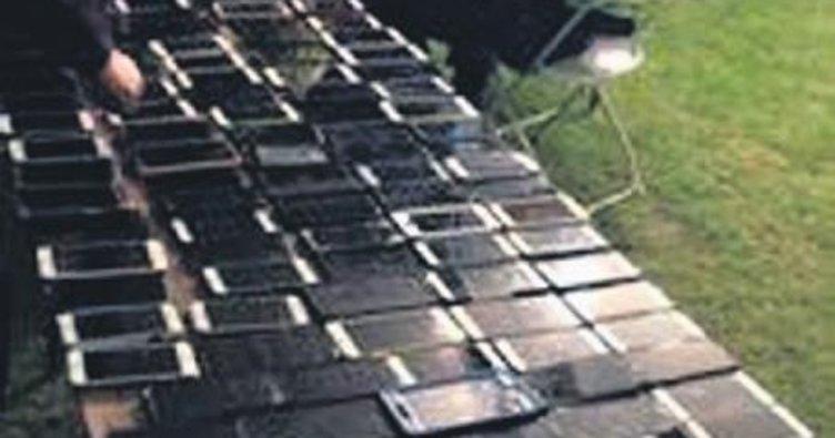 Festival hırsızı 100'den fazla telefon çaldı