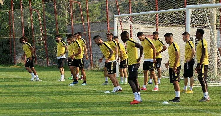 Yeni Malatyaspor ilk kez tam kadro çalıştı