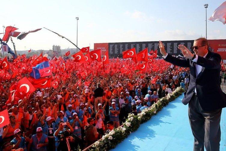 Milyonlar darbeye karşı Yenikapı'da buluştu