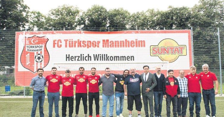 2 bin futbolcuya faşist saldırı