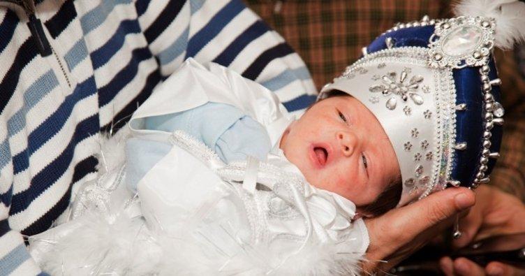 """Doç. Dr. Buldu: """"Yeni doğan sünnetini tavsiye ediyoruz"""""""