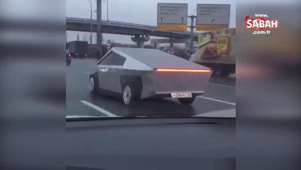 Rusya'da trafikteki Tesla Cybertruck taklidi araç görenleri şaşırttı!