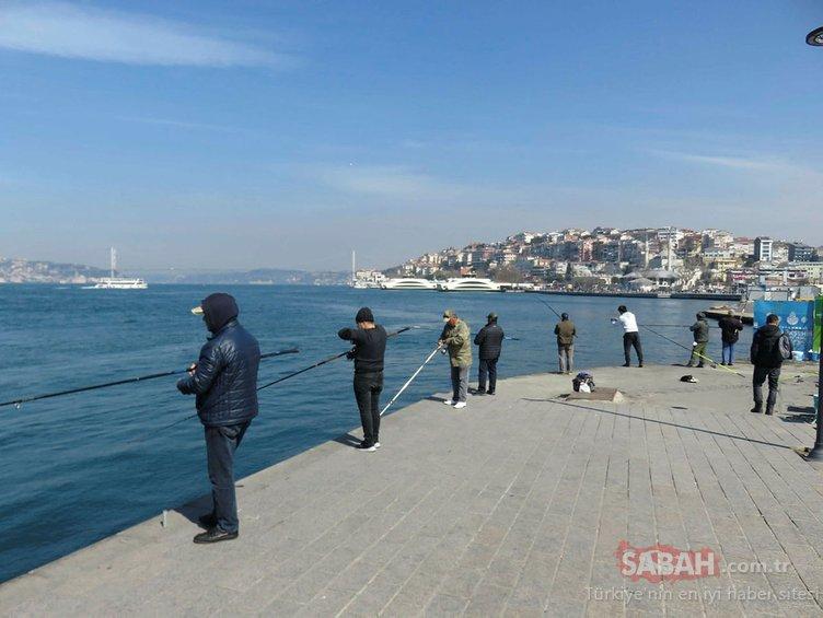 Vatandaş uyarıyı dikkate almadı: İstanbul Boğazı çevresi kırmızıya büründü