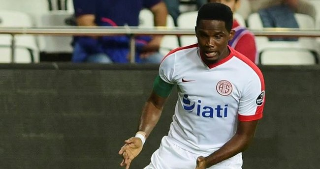 Antalyaspor'da Eto'o devreyi kapattı