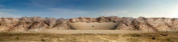 Çöl ortasında gizli stadyum