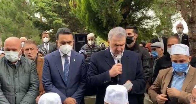 Bayraktar'ın kabri başında Kur'an-ı Kerim okudu