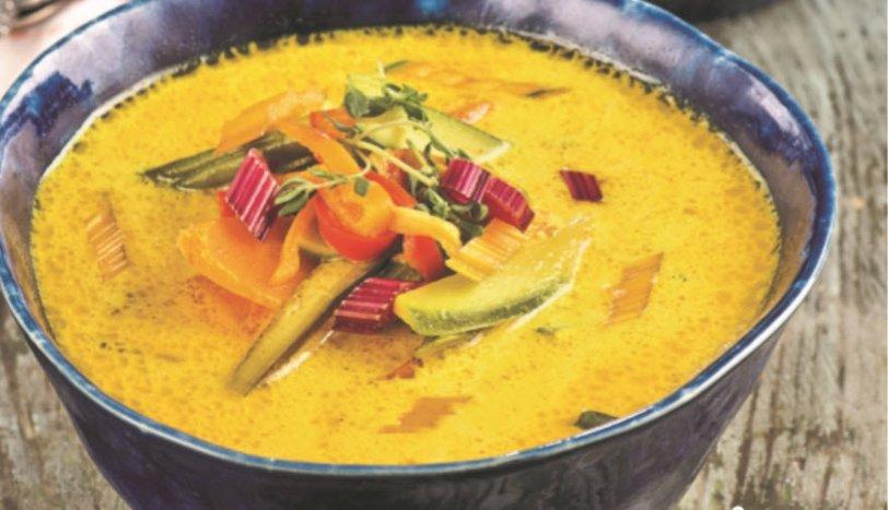 Zerdeçallı Sebze Çorbası