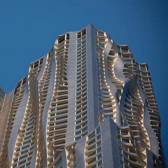 Görenleri şaşırtan mimari yapılar