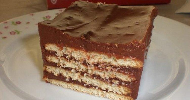 Değişik ve pratik bisküvili pasta tarifi: Nefis tatlı tarifleri arasında yer alan bisküvili pasta nasıl yapılır?