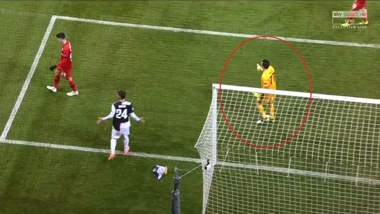 Merih Demiral'dan Leverkusen - Juventus maçına damga vuran hareket! İlk tebrik Buffon'dan geldi