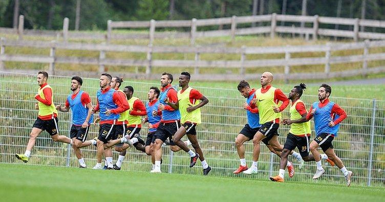 Kayserispor 25 futbolcuya lisans çıkardı