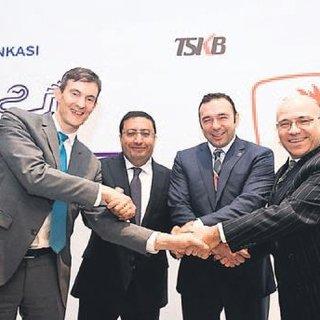 Zülfikarlar Holding'e 222 milyon dolar kredi