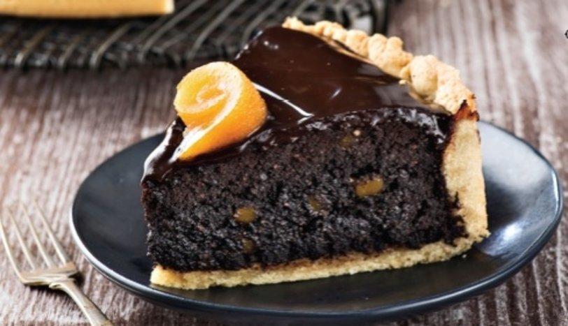 Portakallı ve fındıklı tart kek
