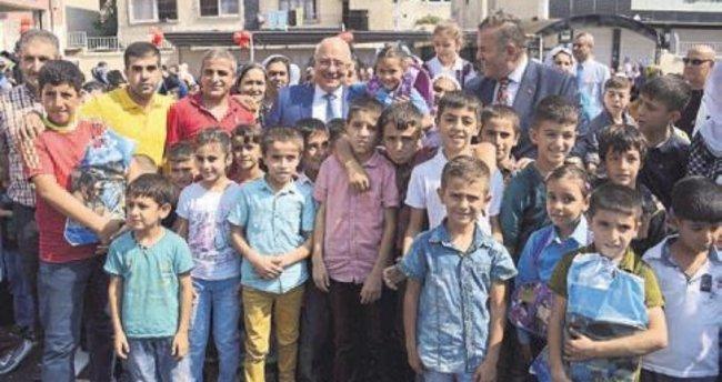 Başkan Kocamaz'dan eğitime destek