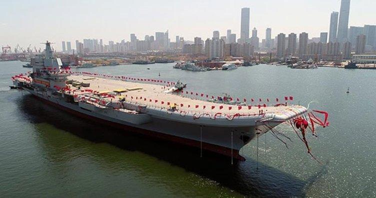 Çin'in ilk yerli uçak gemisinin seyir testi...