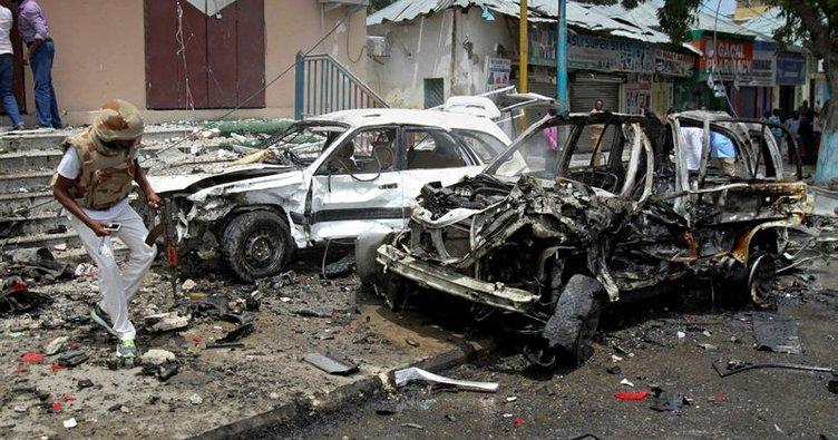 Somali'de bomba yüklü araç patladı: 10 yaralı!