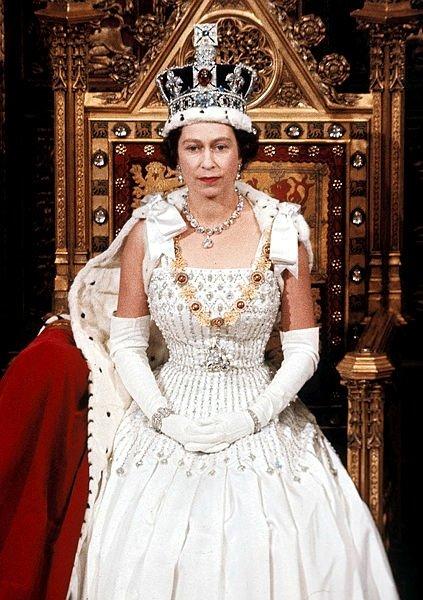 Kraliyet ailesine şok... Yatak odası sırları ortaya çıktı