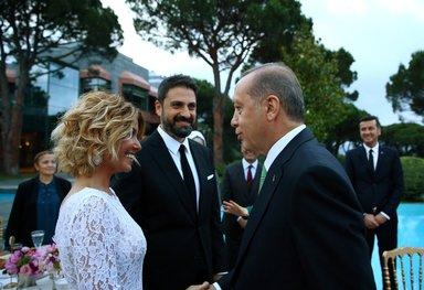 Cumhurbaşkanı Erdoğan sanatçı ve sporcuları ağırladı