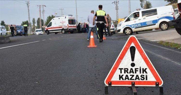 Adana'da katliam gibi kaza! İki otomobil çarpıştı: 1 ölü, 5 yaralı