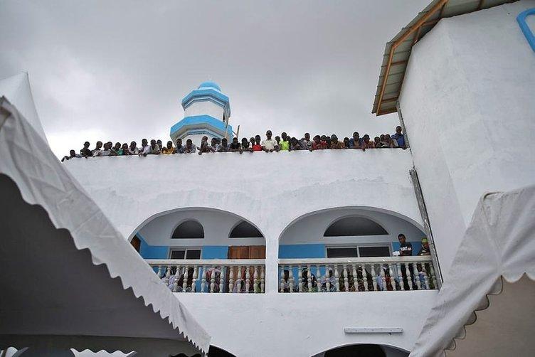 Türkiye'den Fildişi Sahili'ne cami