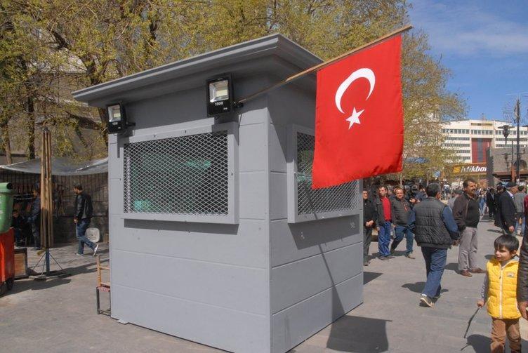 Diyarbakır'da birçok noktaya zırhlı kulübeler yerleştirildi!