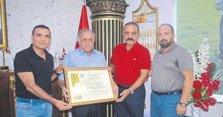 Türkiye'nin 'Altın Markası' ödülünü aldı