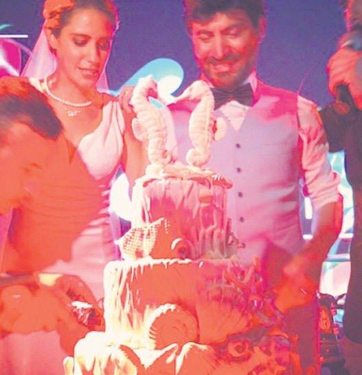 Ceren Olcayto'ya sürpriz düğün