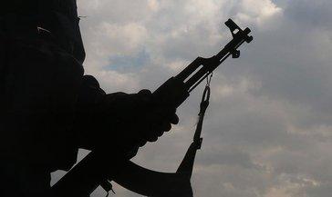 Mardin'de iki terörist teslim oldu