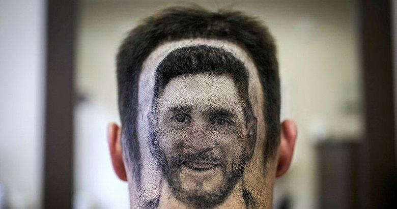 Kafasına Messi portresi yaptırdı