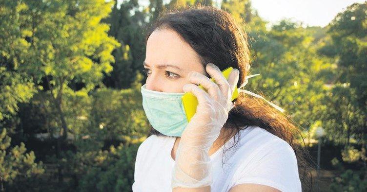 Virüs, plastik eldivende 8 saat yaşayabilir
