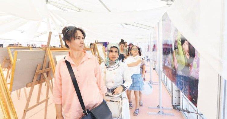 Basın-Yayın Çadırı' nostalji yaşatıyor