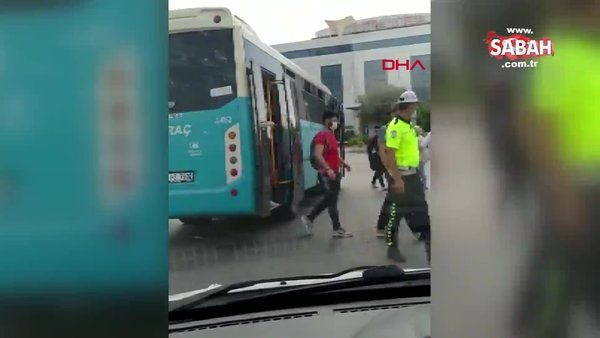 İstanbul Esenyurt'ta tıka basa dolu otobüs trafikten men edildi | Video