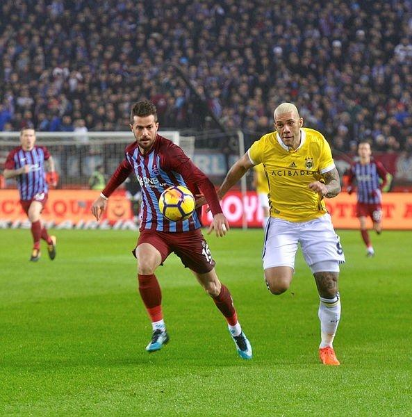 Trabzonspor-Fenerbahçe maçından kareler