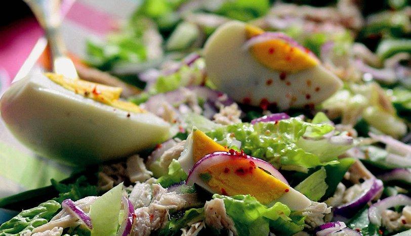 Tavuklu Fasulye Salatası