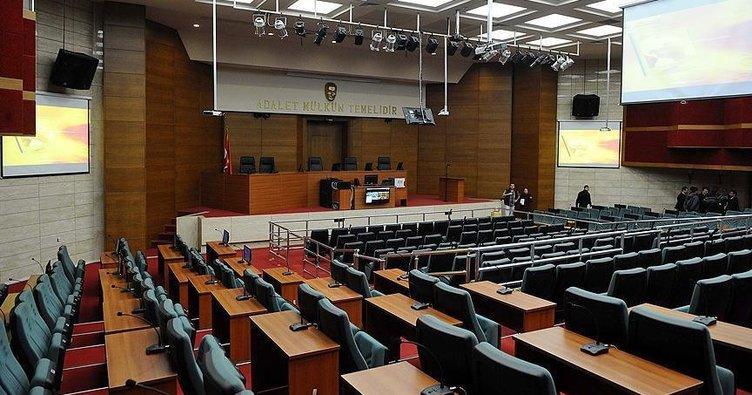İzmir'deki FETÖ/PDY'ye finansal destek davasında karar