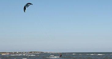 Karadeniz'de sörf keyfi