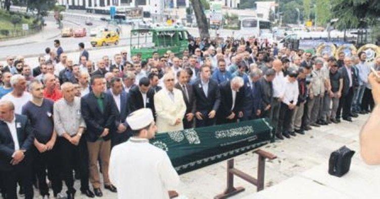 Dolmabahçe'nin 'Kemal Abi'si hayatını kaybetti