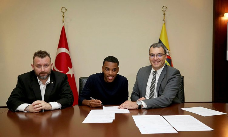 Garry Rodrigues transferi sonrası şok sözler! 'Bu transfer yasal değil...'