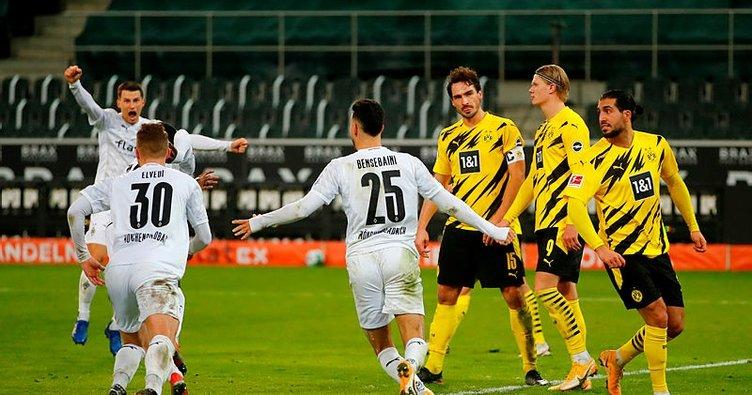 Dortmund, Mönchengladbach'a boyun eğdi!