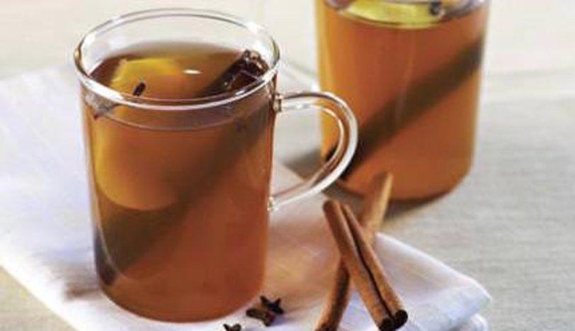 Karanfilli Sıcak Çay