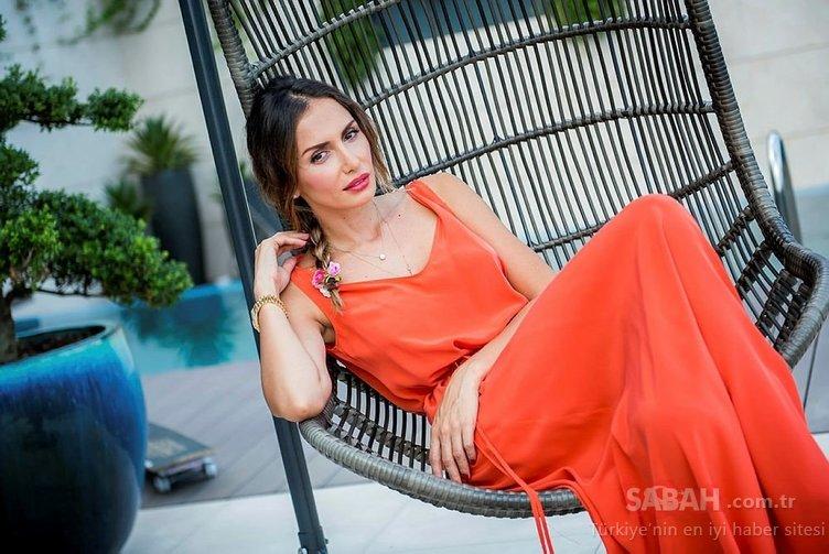 Ünlü şarkıcı Zara annesini paylaştı sosyal medya yıkıldı! İşte Zara'nın genç kızlara taş çıkaran annesi...