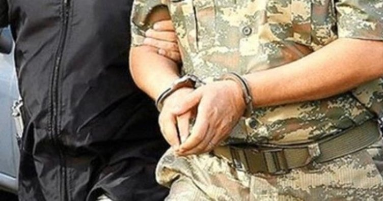 74 muvazzaf askere 'ankesör'den gözaltı