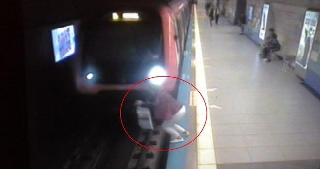 Metro istasyonundaki intihar saniye saniye kamerada