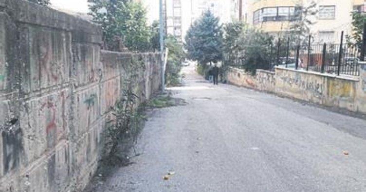 Melih ABİ: İstinat duvarı yan yatmış müdahale edin