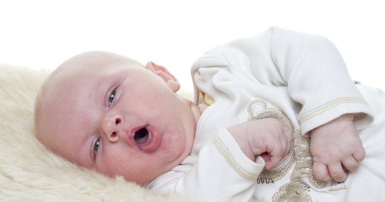 Bebeklerde balgamlı öksürük nasıl geçer? Bebeklerde balgamlı öksürüğü geçiren doğal yöntemler nelerdir?