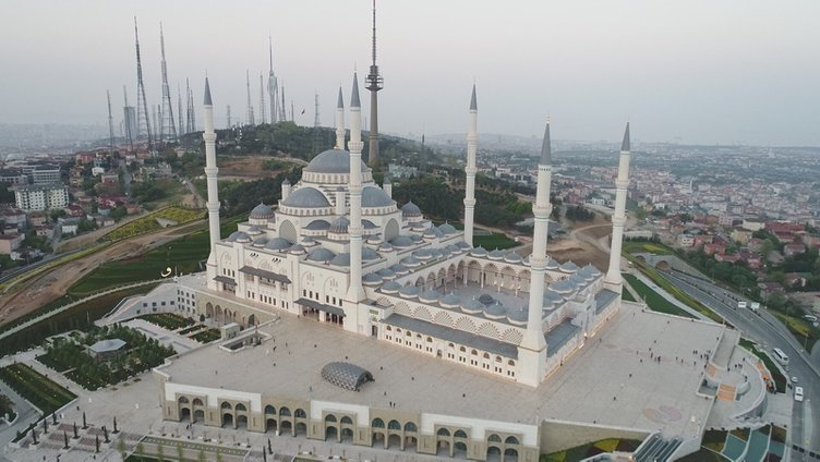 Büyük Çamlıca Camisi'nin resmi açılışı bugün