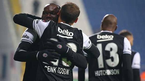 Sneijder tek başına Fenerbahçe'yi yakaladı!