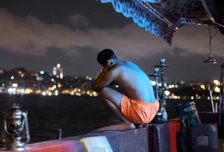 Her gece denize giren Afganistanlı genç