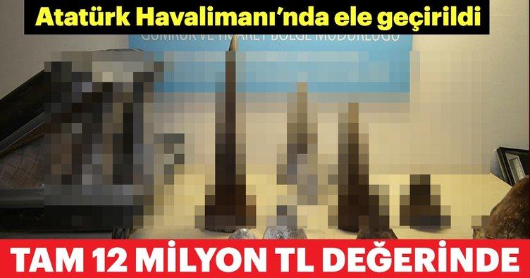 Son dakika: Atatürk Havalimanı'nda 12 milyon TL değerinde gergedan boynuzu operasyonu