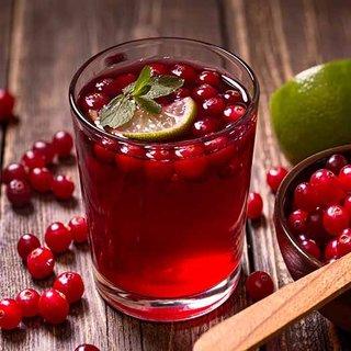 Cranberry diğer adıyla 'turna yemişi' suyu kadınlara şifa dağıtıyor